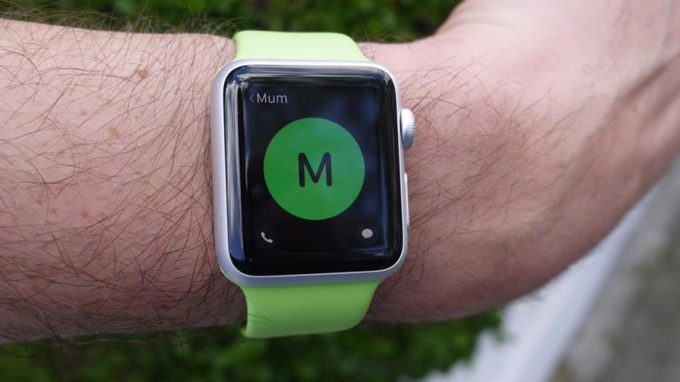 Приложение Siri на Apple Watch