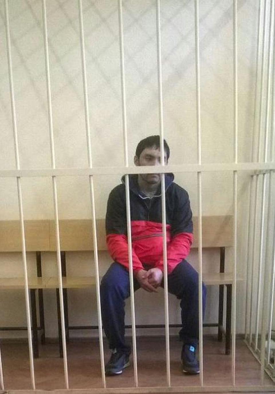 """Айжигит Айтматов, задержанный в субботу на Ладожском вокзале, тоже работал в """"Такси.Везет""""."""
